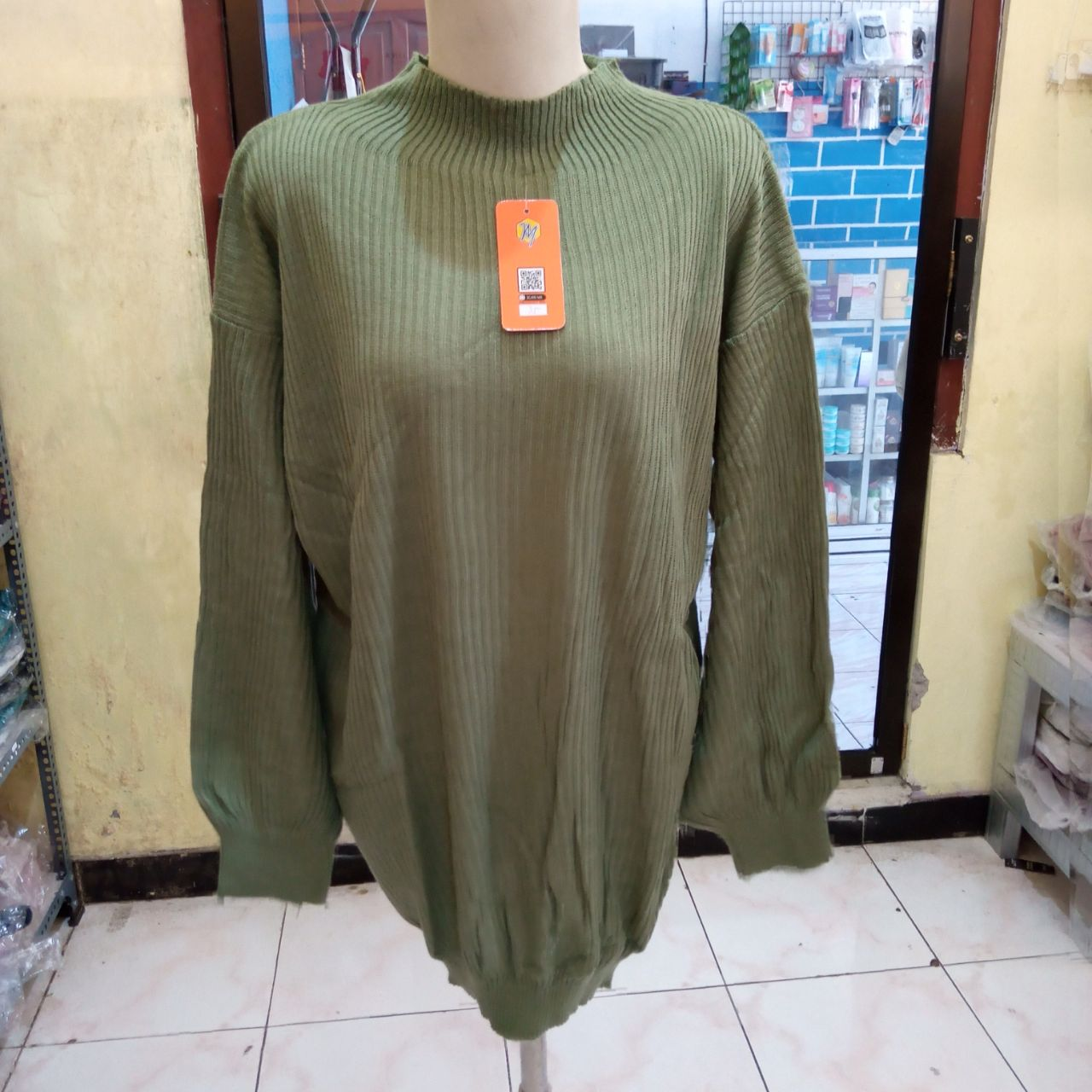 ini adalah Bayoneta Sweater Mint, size: Extra Large, material: Knit, color: green mint, brand: Rajutindonesi, age_group: all ages, gender: female