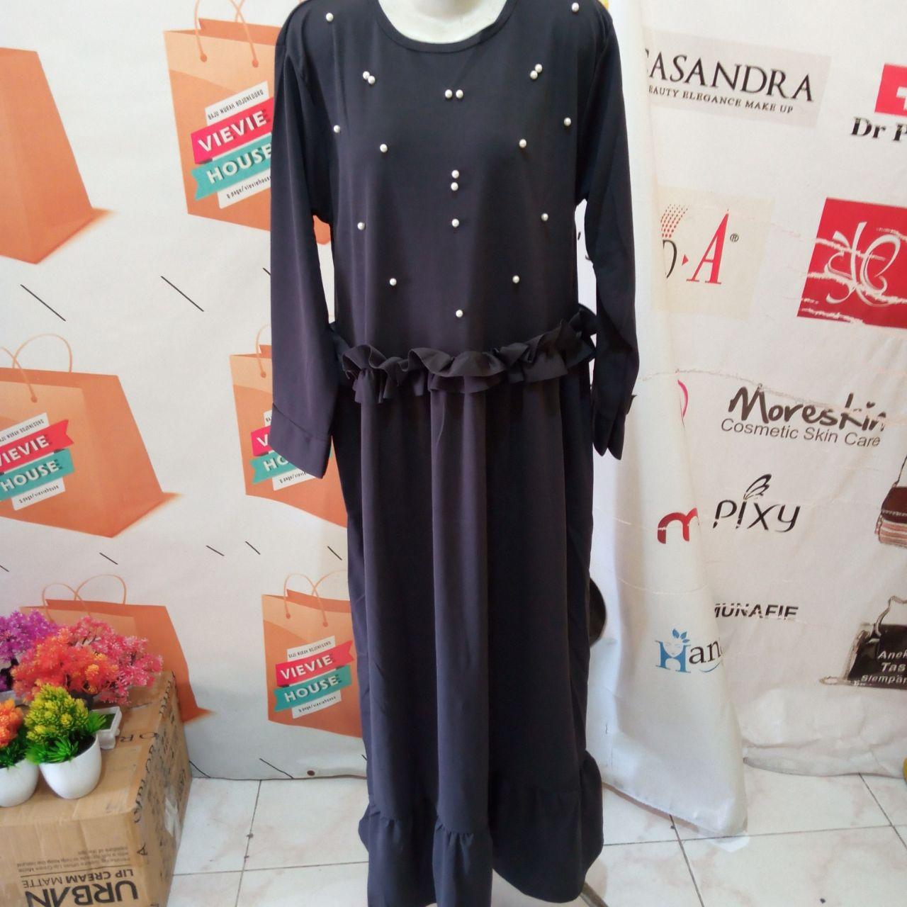 ini adalah Gamis Rempel Tiara Abu, size: 104 cm x 135 cm, material: Jersey, color: dark grey, brand: Gamisindonesia, age_group: all ages, gender: female