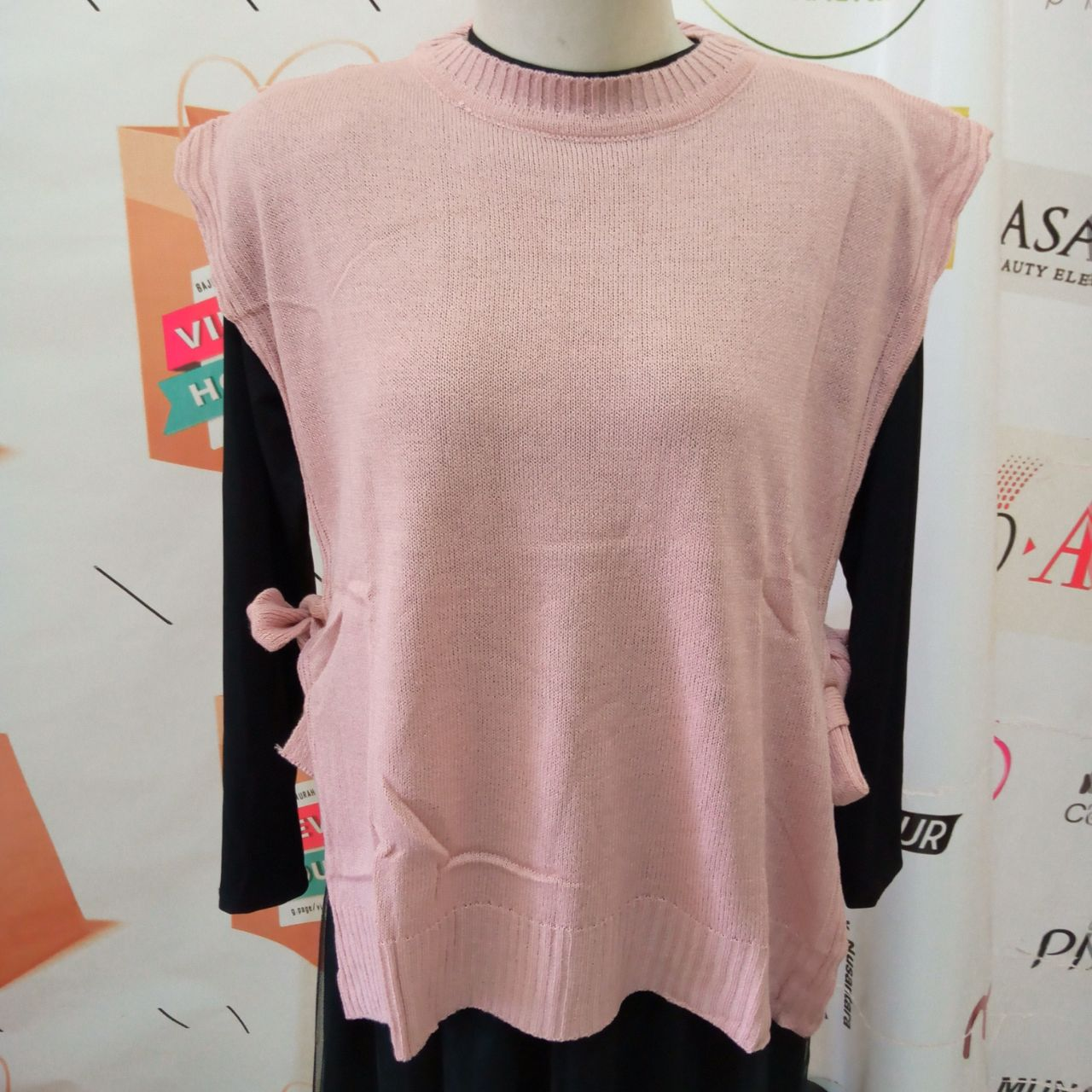 ini adalah Rajut Vest Andin Dusty, size: L, material: knit, color: pink, brand: vestknittindonesia, age_group: all ages, gender: female