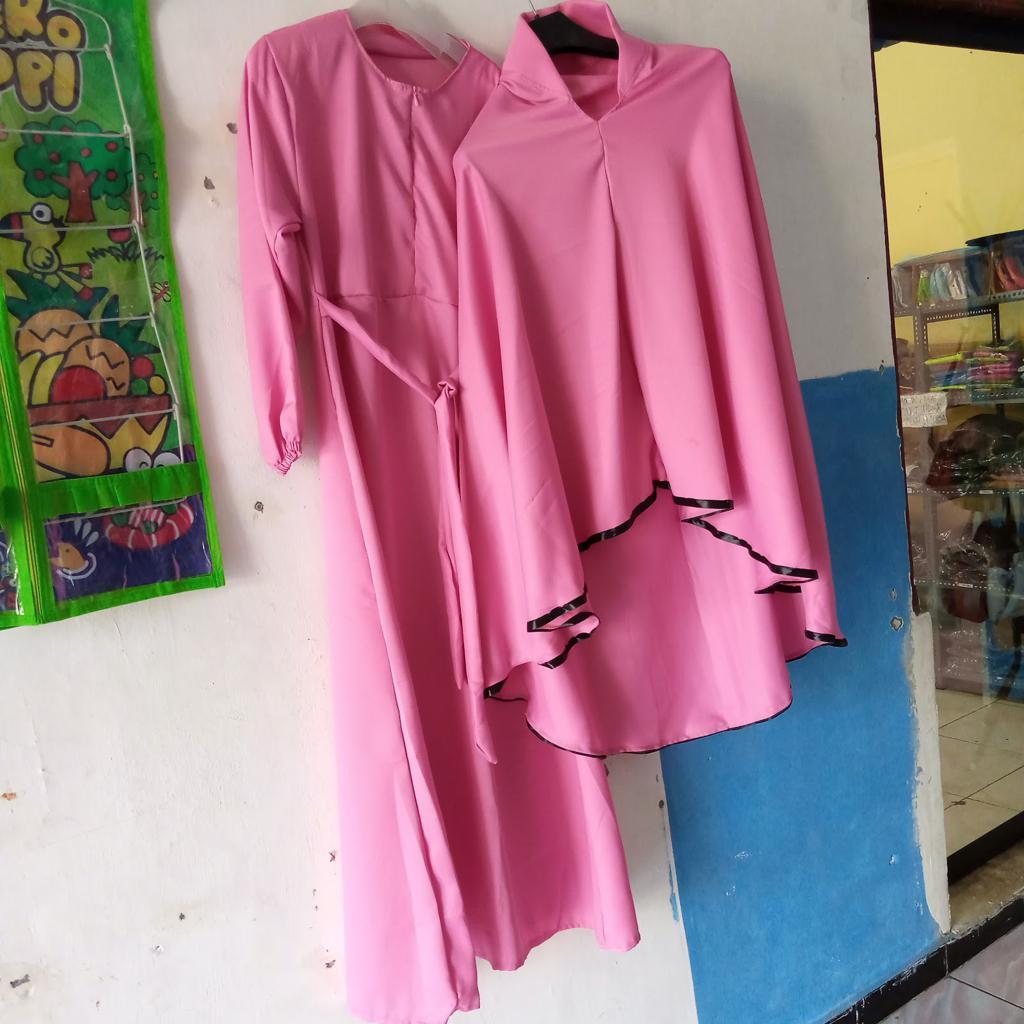 ini adalah Set Gamis Khadijah Dusty, size: L, material: Moscrepe, color: Pink, brand: Gamisindonesia, age_group: all ages, gender: female