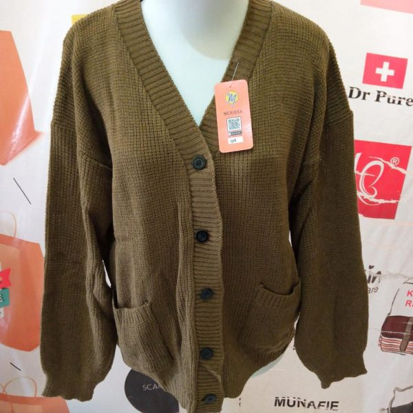 ini adalah Rajut Cardy Merisa Bronze, size: Extra Large, material: wol, color: chocholate bronze, brand: cardiindonesia, age_group: all ages, gender: female