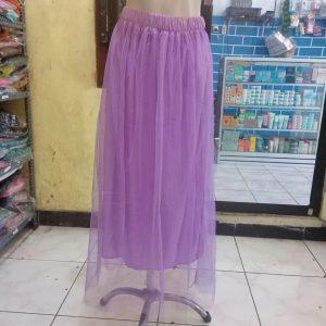 ini adalah Rok Tutu Lavender, size: Lingkar Pinggang +-58cm (full karet )Panjang +-100cm, material: Lace, color: purple, brand: Bajuwanitaindonesia, age_group: all ages, gender: female